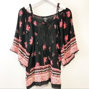 Angie Black and pink floral tunic size M